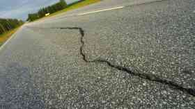 Pothole-related breakdowns rising despite mild conditions