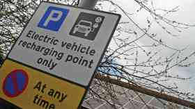 Oxford to trial 'pop-up' on-street charging points
