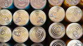 Food parcels soar 73 per cent in five years