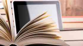 Council libraries should do more to encourage e-readers