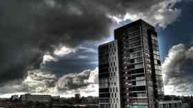 Unsafe cladding 'still affecting thousands'