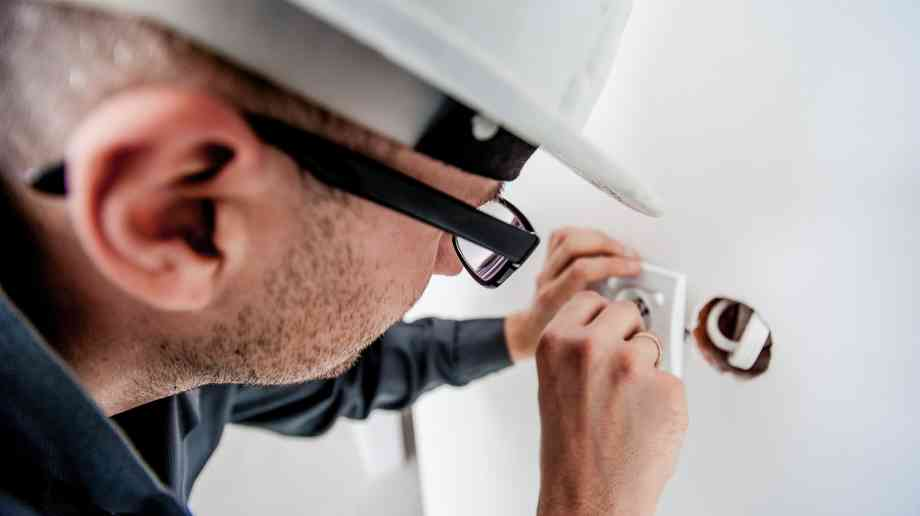 New homes shouldn't be held back by pre-WWII electrical standards, says REA