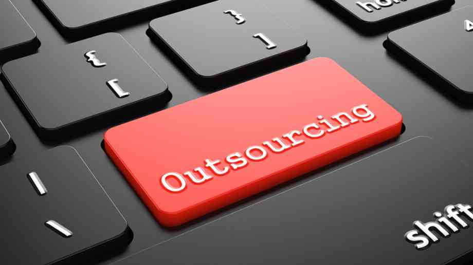Think tank calls for outsourcing reform